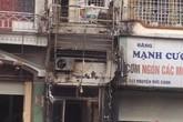 Thẩm mỹ viện cháy rụi khi sửa chữa biển quảng cáo
