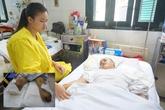Rớt nước mắt trước tình cảnh cô gái bị mất đôi chân vì tàu hỏa