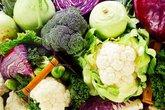 """10 thực phẩm tuyệt đối không ăn trước khi """"yêu"""""""