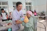 Bác sĩ phẫu thuật hiến máu cứu sản phụ nguy kịch