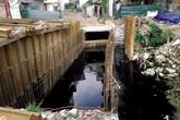 Hà Nội: Người dân Thụy Khuê khốn khổ vì sống cạnh mương ô nhiễm