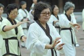 Những hoạt động nâng cao sức khỏe cho người cao tuổi