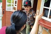 Con trai Ngọc Lan được 6 người thay phiên đưa đón khi đi học mầm non