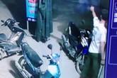 Trưởng công an xã đánh nhau rồi nổ súng giải tán đám đông