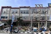 Đau buồn và phẫn nộ khi cơ quan chức năng thông báo ngừng tìm kiếm nạn nhân thảm họa ở Indonesia