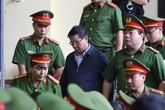 Xử vụ đánh bạc online nghìn tỉ: Cựu tướng Phan Văn Vĩnh nhớ nhầm năm sinh của con
