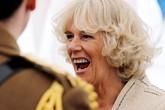 """Sau 13 năm vượt bão dư luận lấy Thái tử Charles, bà Camilla """"muối mặt"""" khi buộc phải nhận danh hiệu không mong muốn này"""