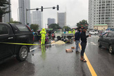 Hà Nội: Người thân vật vã bên thi thể nam thanh niên giữa trời mưa rét