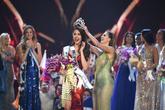 Sự trùng lặp khó tin Miss Universe 2018: Tân Hoa hậu và màn đăng quang cách đây gần 30 năm trước