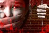 Đau đớn bé gái 3 tuổi bị cưỡng hiếp phải nhập viện