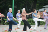Những lưu ý cần tránh khi luyện tập thể dục gây hại sức khỏe ở người cao tuổi