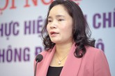 Thứ trưởng Bộ Văn hóa: 'Tôi bị mắng vì dừng đèn đỏ'