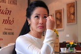 Ca sĩ Hồng Nhung gần như 'sập nguồn' khi ly hôn chồng ngoại quốc