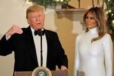 Melania Trump quay về Nhà Trắng đón Giáng sinh cùng chồng