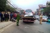 'Xe điên' tông 3 xe máy, 1 xe taxi, 6 người nhập viện