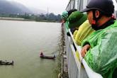 Nghệ An: Tìm kiếm một phụ nữ nhảy cầu Bến Thủy tự tử