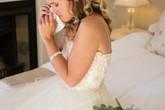 Trước ngày cưới, cô dâu bắt gặp chú rể và phù dâu trên giường
