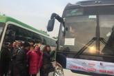 Bệnh nhân ung thư nghẹn ngào trên chuyến xe yêu thương về quê đón Tết
