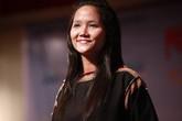 Ảnh năm 19 tuổi của Hoa hậu Hoàn vũ H'Hen Niê gây chú ý