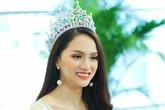 Hoa hậu Hương Giang: 'Bố mẹ xót khi thấy tôi quá gầy khi đăng quang'