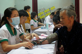 TP Vinh (Nghệ An): Tổ chức chuỗi hoạt động chăm sóc SKSS - KHHGĐ đến tận người dân