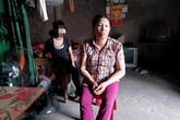 Nữ sinh lớp 8 sinh con: Sự day dứt, ân hận của người mẹ