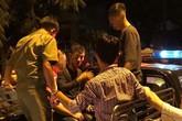 Thanh niên chui lỗ cống trốn công an nhiều giờ ở Sài Gòn