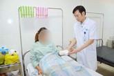 Quảng Ninh: Nữ sinh lớp 12 dùng tuýp sắt, bình hơi cay để đánh bạn