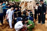 Sập taluy khi đào móng nhà, 3 người thiệt mạng: Hai vợ chồng cùng bị vùi lấp dưới núi đất