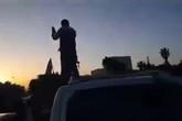 Người dân Syria đổ ra phố ăn mừng tên lửa Mỹ bị bắn hạ