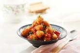 Bữa tối ngon bổ rẻ đúng nghĩa với trứng cút sốt cà chua