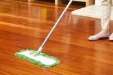 Cả tuần không cần lau mà sàn nhà vẫn sạch bong nhờ vài mẹo