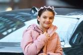 Con gái Tom Cruise 'lớn nhanh như thổi', sở hữu nét đẹp của ba và mẹ