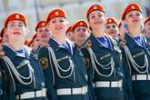 """Vẻ đẹp của những """"bông hồng thép"""" Nga trong lễ duyệt binh"""