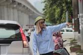 Những cách đối phó của người Hà Nội với nắng nóng đầu mùa