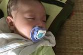 Xót xa bé 2 tháng tuổi bị bỏ rơi trên xe khách
