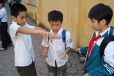 Trẻ học gì, chơi gì ngày hè? (1): Con háo hức, bố mẹ đau đầu