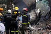 Hiện trường tang thương trong vụ máy bay rơi khiến hơn 100 người chết