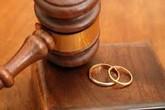 Bà lão chống án ly hôn vì 'không muốn chết vẫn mang tiếng xấu'