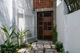 Ngôi nhà trong hẻm nhỏ chỉ bước chân về đã thấy mỏi mệt dừng nơi cánh cửa ở Sài Gòn