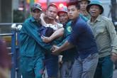 Cháy ở chung cư cao 23 tầng ở Hà Nội, hàng trăm người tháo chạy