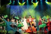 """Nhà hát Tuổi trẻ và Vietjet Air và công bố chương trình """"Bay lên những ước mơ"""""""