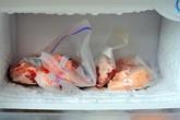 Đừng tiếc rẻ những thực phẩm đóng tuyết, quá hạn, có mùi lạ