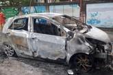 Xe ô tô của nhà sư bất ngờ bốc cháy trong đêm