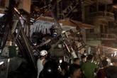 Xe trộn bê tông đâm sập trạm biến áp, 2 người tử vong, cả huyện đảo mất điện