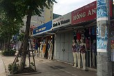 """Hà Nội: Tuyến phố kiểu mẫu """"vỡ trận"""" sau 2 năm mặc """"đồng phục"""""""