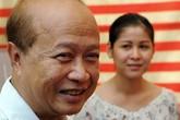 Hoàng thân Campuchia bị tai nạn xe hơi, vợ tử vong