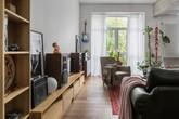 Chủ nhà biến căn hộ có không gian nhạt nhòa thành rực rỡ sắc màu khiến ai cũng trầm trồ