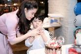 Cùng đến tiệc sinh nhật con trai nhưng Tim và Trương Quỳnh Anh không chụp ảnh cùng nhau