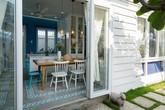 """Ngôi nhà một tầng mang """"hương biển"""" đẹp như mơ khiến cặp vợ chồng trẻ sẵn sàng bỏ phố về ngoại ô Sài Gòn"""